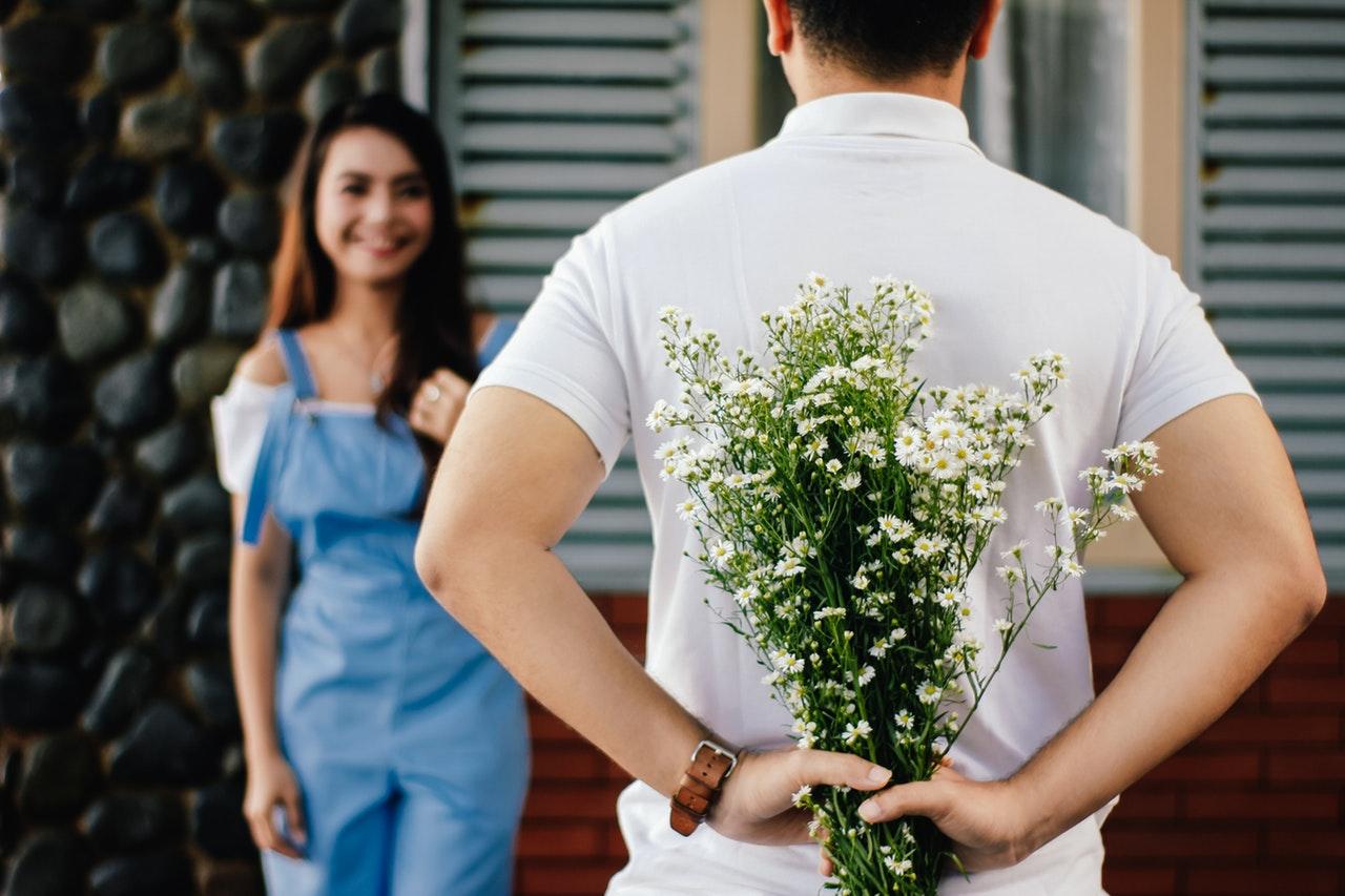 Regalare Un Mazzo Di Fiori.Faxiflora Blog San Valentino 5 Motivi Per Regalare Fiore